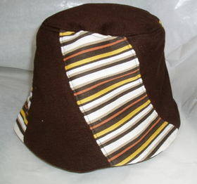 ニットリバーシブル帽子2.jpg